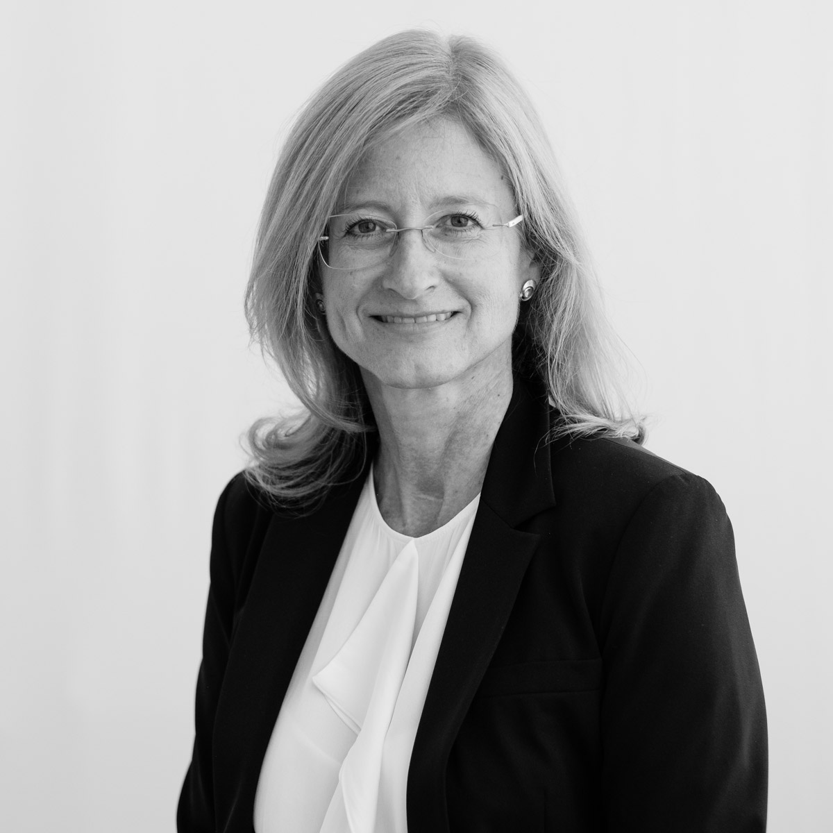 Mag. Eva Huber-Stockinger, MBA